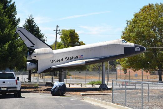 640px-space_shuttle_model_at_nasa_ames_research_center